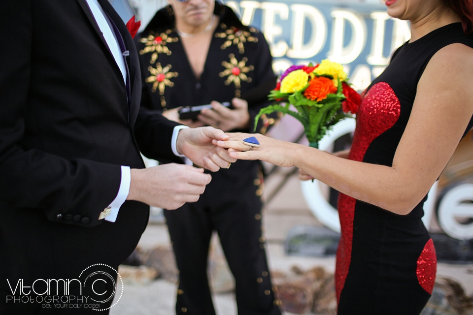 Greg and Cara Las Vegas Wedding_0105.jpg